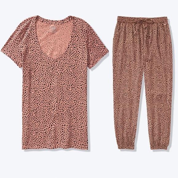 PINK Victoria's Secret Other - Pink set medium for women